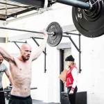 Van lunges tot bar muscle-ups op de CrossFit Open 2016 (video)